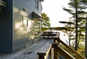 custom design, waterfront deck, Maine Architect, cedar railing, Hardiplank siding