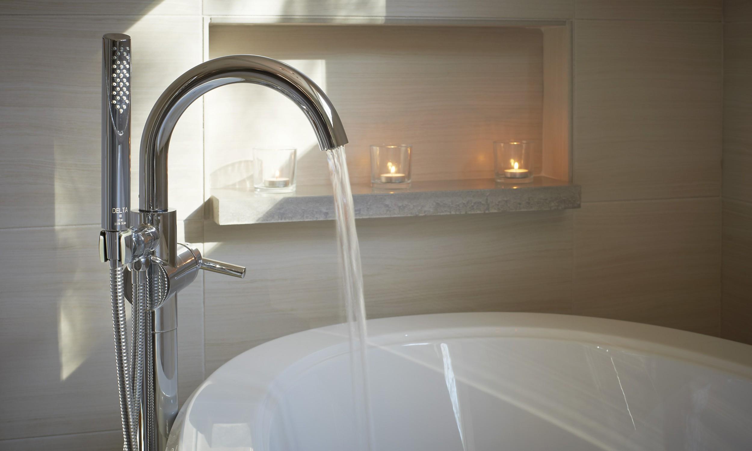 Modern tub filler, air tub, Maine Architect,