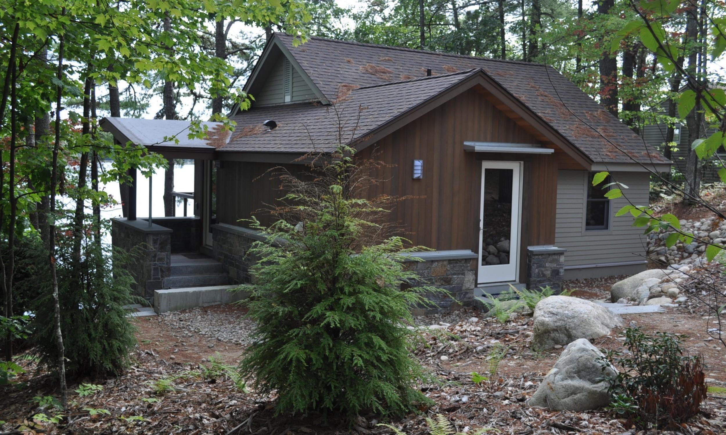 Red cedar siding, stone, American Granite, Maine Architect, Wood stain